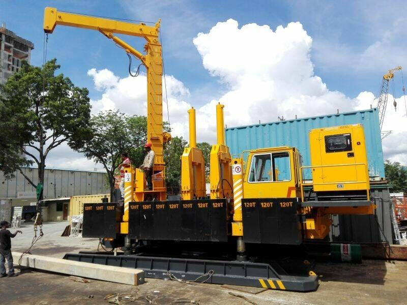 Concrete Hydraulic Pile Driving Machine , Pile Foundation Drilling Machine