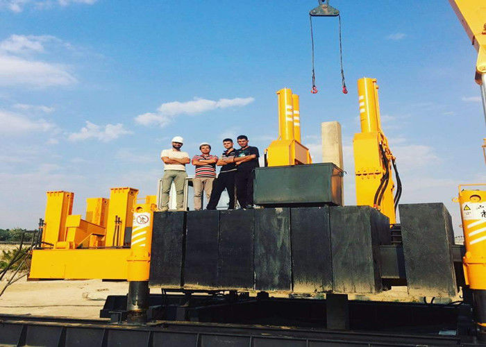 Concrete Hydraulic Static Pile Driver , Square Pile Driving Equipment
